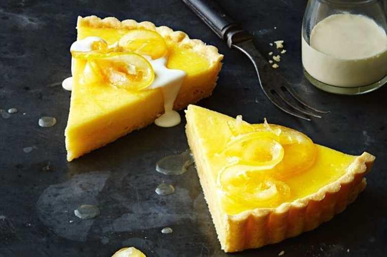 La receta de tarta de limón horneada es especial para compartir en familia, sobre todo porque es una tarta de limón fácil y rápida.