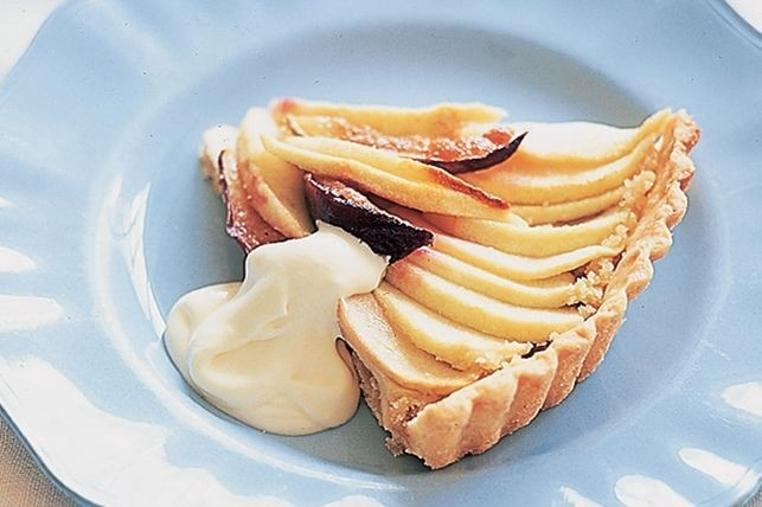 Preparar la tarta de higo y manzana es fácil.
