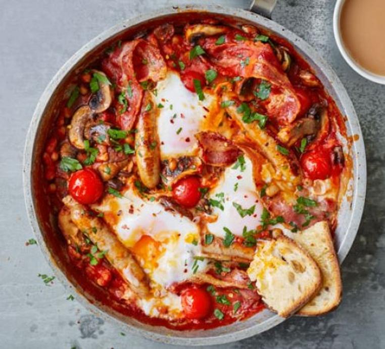 La receta de Shakshuka inglesa es genial para el desayuno.