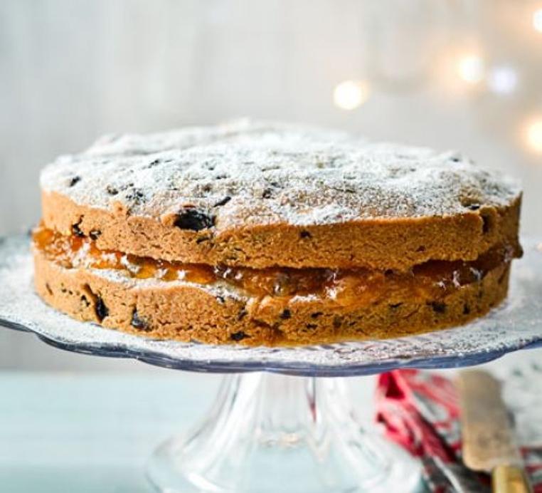 La receta de pastel de frutos secos es rica.