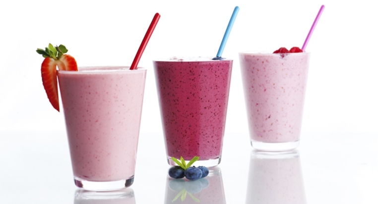 El yogurt de sabores naturales tiene más azúcar de la que parece.