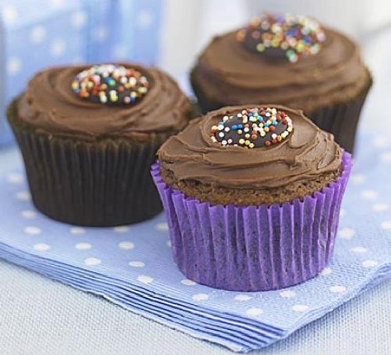 La receta de cupcakes de chocolate facil es sencilla.