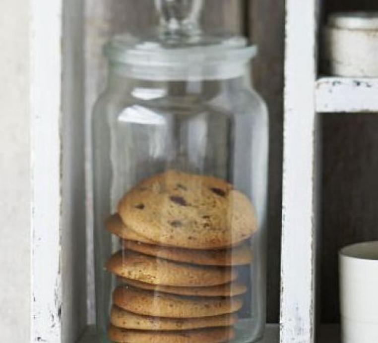 La receta de galletas con chispas de chocolate malteadas es sencilla y llena de sabor.
