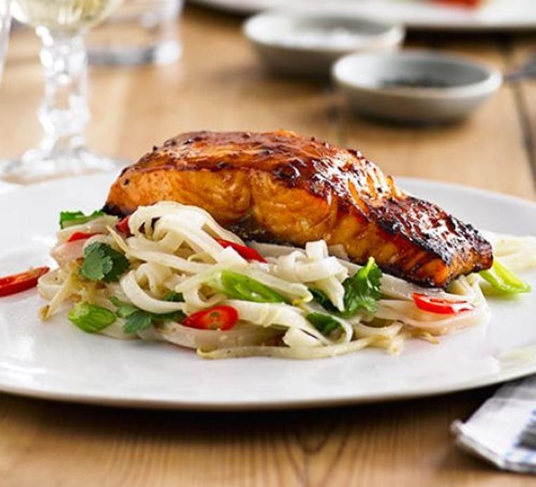 La receta de salmon a la parrilla es ideal para un almuerzo diferente y sano.