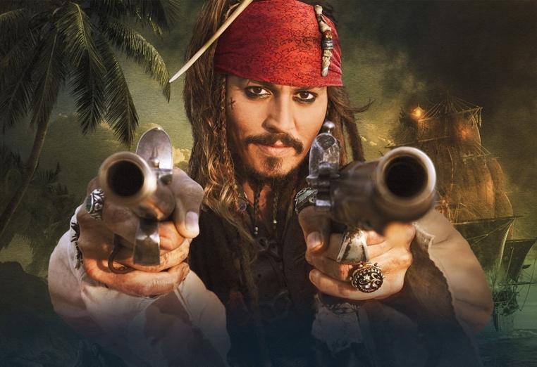 Johnny Depp se disfraza de Jack Sparrow