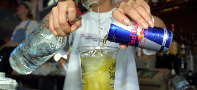 mezclar bebidas alcoholicas