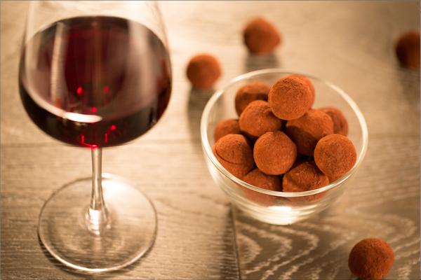 El vino y chocolate en dieta