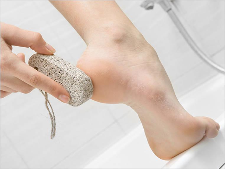 limpiar los pies