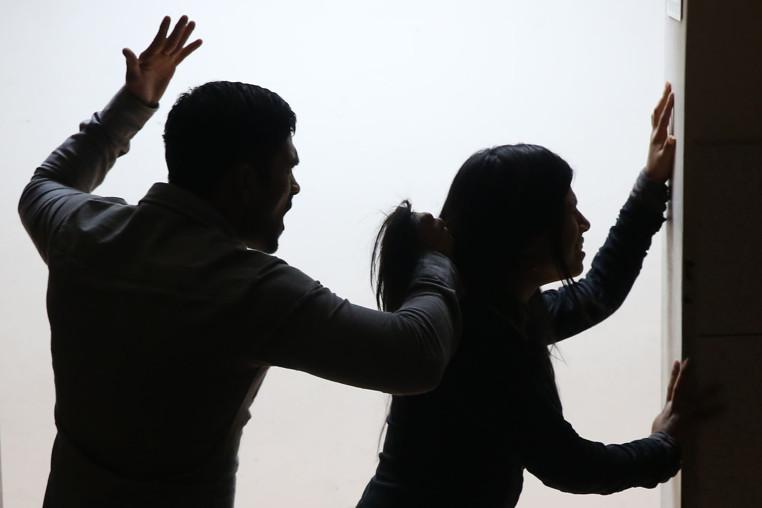 causas de la violencia en el noviazgo
