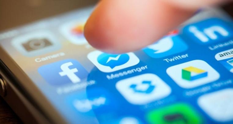 El asistente virtual de Facebook hará acotaciones dentro del chat de Facebook Messenger