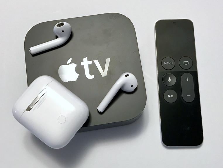 Los novedosos AirPods de Apple se pueden emparejar de inmediato gracias a tvOS 11.